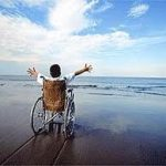 Turismo accessibile ai disabili in Liguria con le bandiere lilla